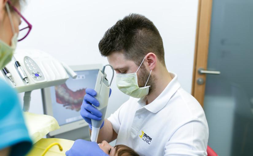 Skanowanie i pobieranie cyfrowych wycisków w Dentim Clinic
